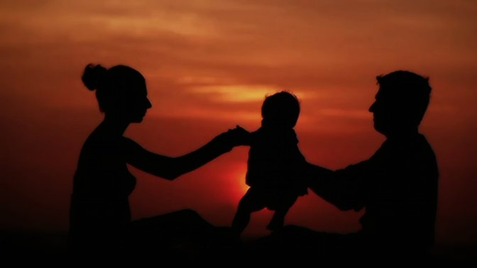 Happy Family Silhouettes HD Desktop Background